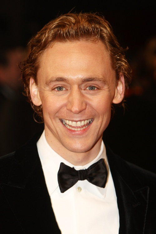 kinopoisk.ru-Tom-Hiddleston-1818316.jpg